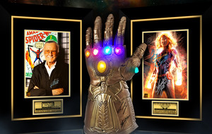 Signed Marvel Memorabilia By RARE-T