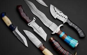Cazadores Knives